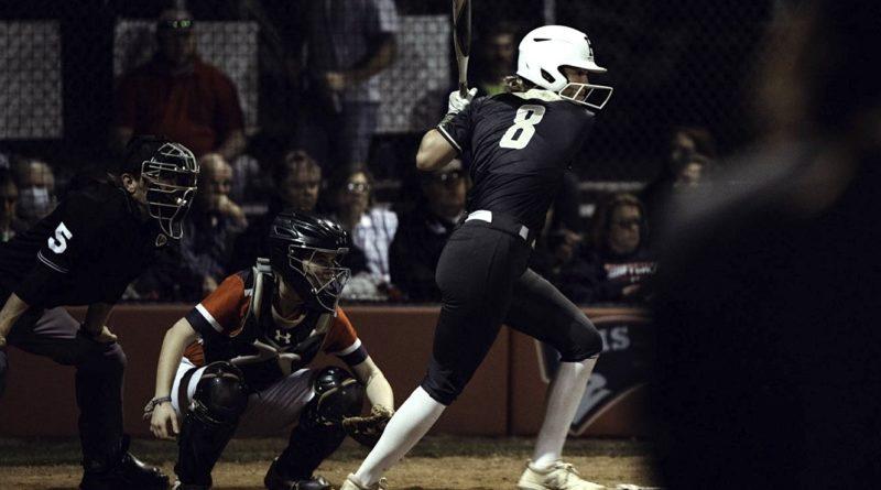 ally-callahan-hernando-softball